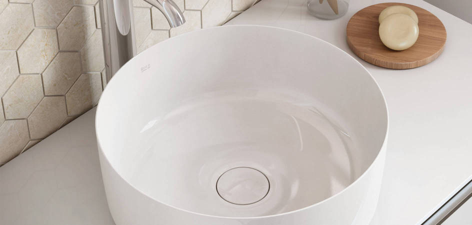 Resistant basin made with Fineceramic® by Roca