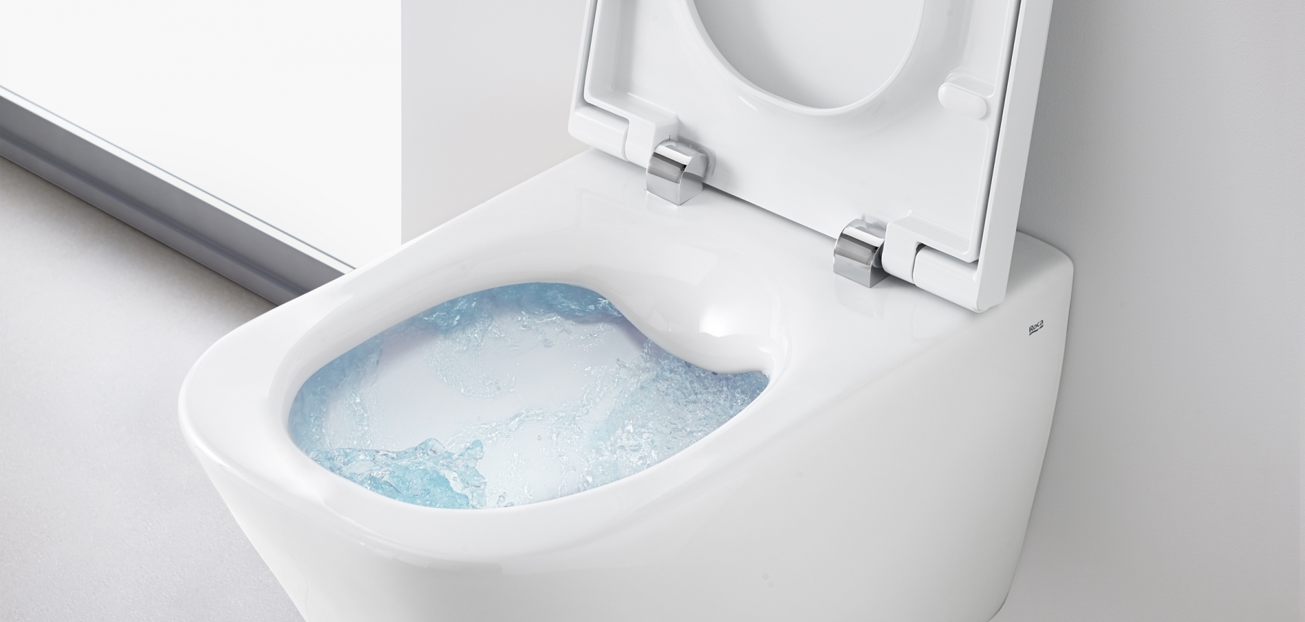 Toilet with Rimless technology by Roca