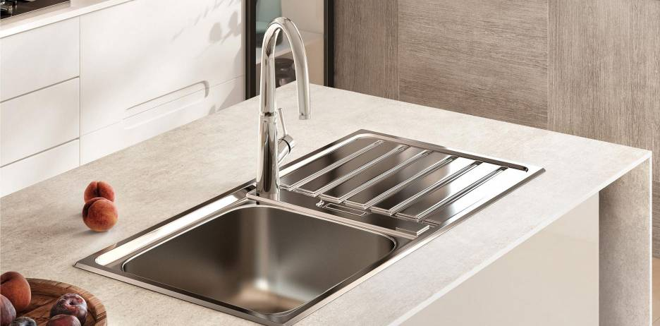 Syra faucet for kitchens