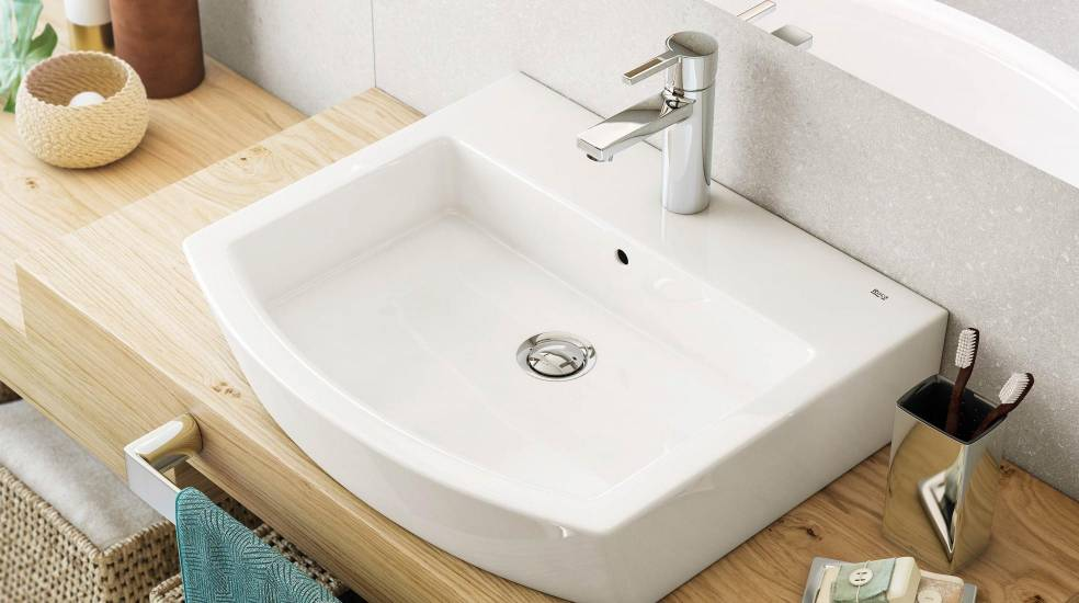 BATHROOM FAUCETS WITH FLOW LIMITERS