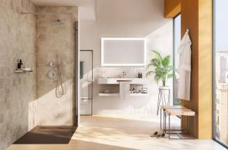 BATHROOMS WITH RESIN SHOWER TRAYS