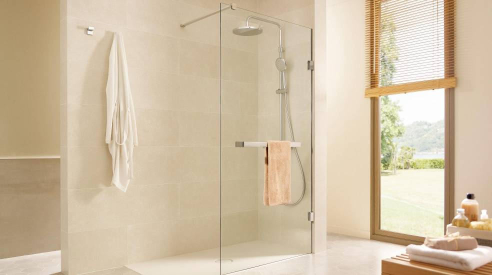MISTRAL FIXED PANEL WITH TOWEL RAIL