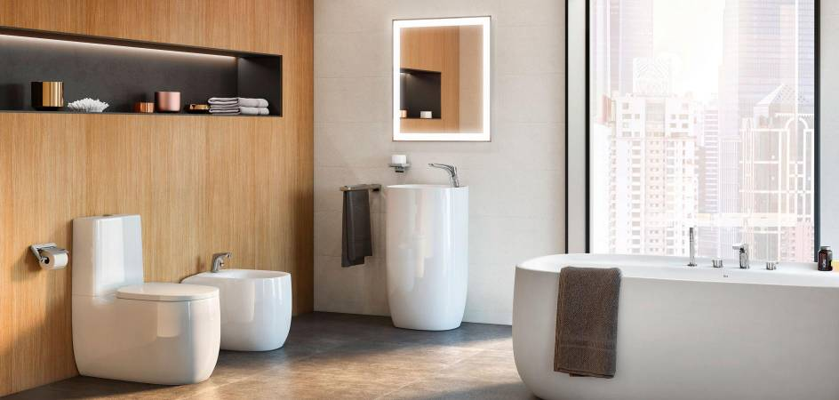 WC COVERS AND BATHROOM ACCESSORIES FOR TOILETS