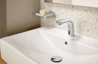 Benefits of installing a battery-powered electronic faucet  - Roca