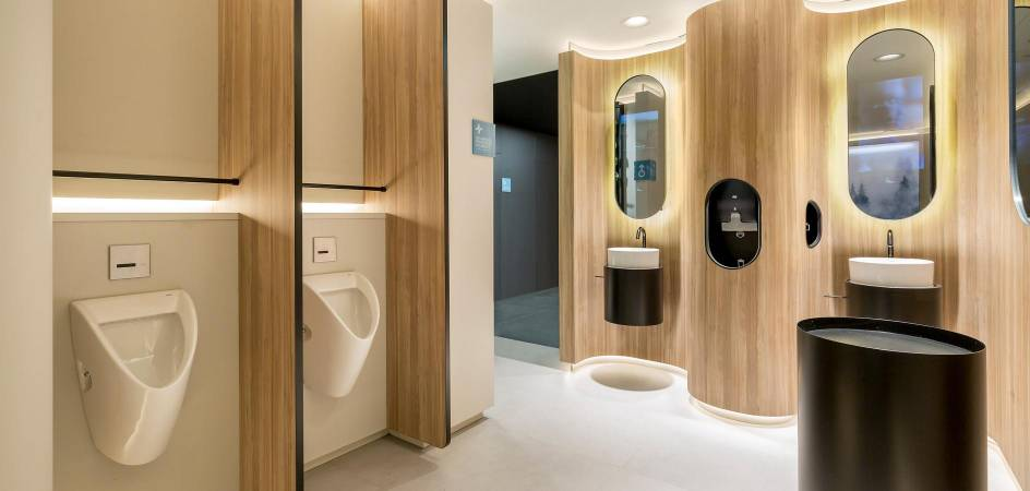 ONE HUNDRED restrooms: innovation, safety and hygiene in public toilets